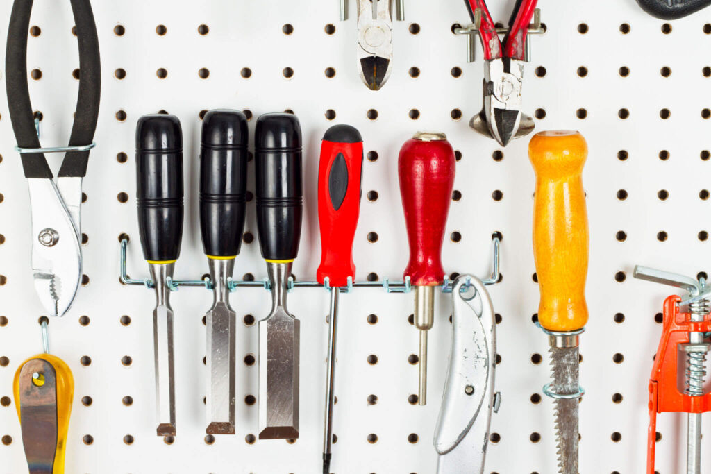 How to Organize Tools on a Pegboard